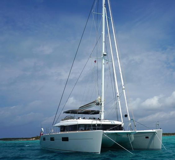The Dragonfly - Lagoon 620 Catamaran Yacht
