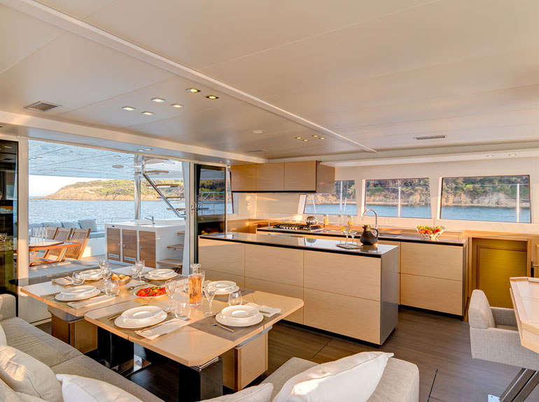 Lagoon 620 Catamaran Yacht -  Queen Cabin Room